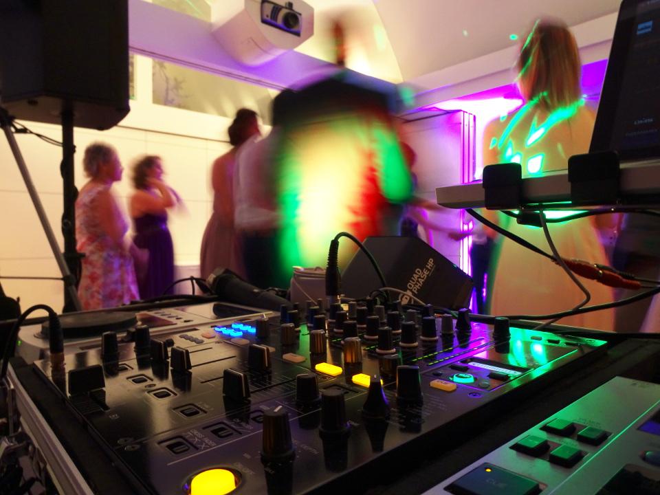 DJ Dresden und Discjockey Dresden